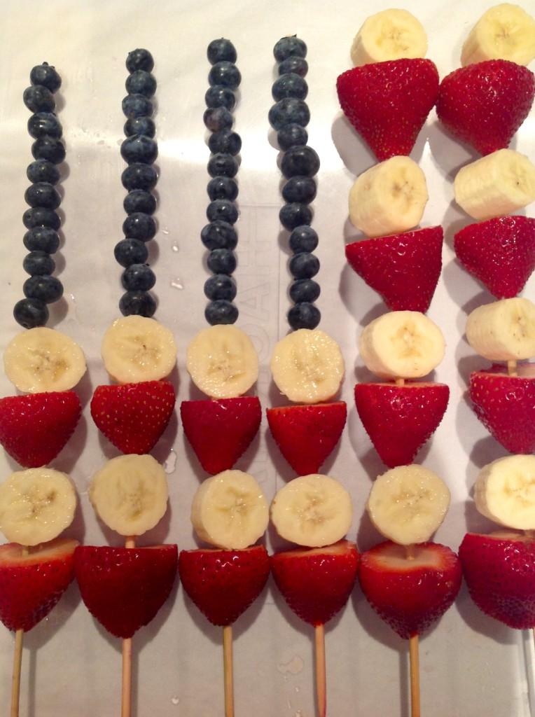 Recipe: 4th of July Fruit Skewer Flag